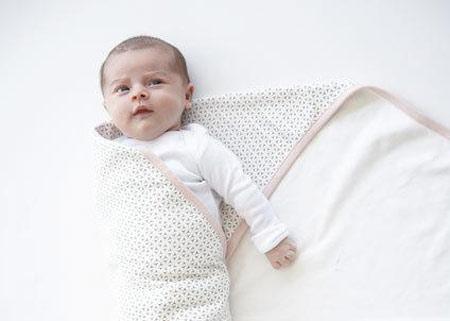 Ủ ấm bé sơ sinh đúng cách vào mùa lạnh 2