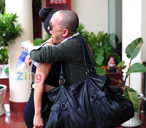Hồng Nhung mặc táo bạo đi chấm The Voice 7
