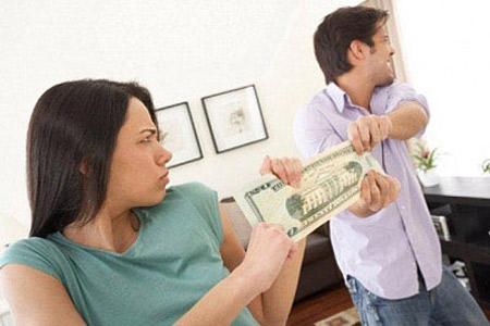 Giữ ATM của chồng, chỉ là cái nợ? 1