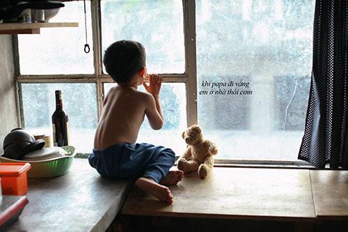 Say lòng với bộ ảnh 'Gà trống' của bố đơn thân và con trai 3