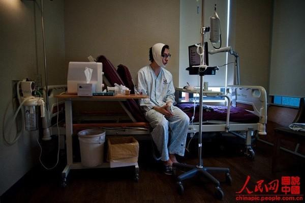 """Toàn cảnh quy trình phẫu thuật thẩm mỹ của thiếu nữ Hàn gây """"sốt"""" 12"""
