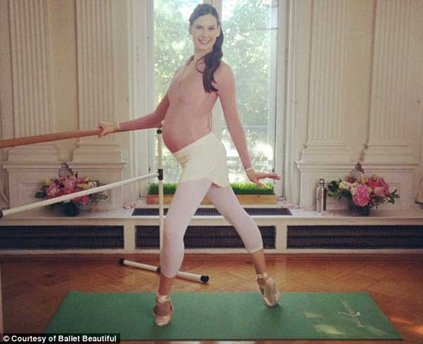 Mang bầu 39 tuần vẫn múa ballet hăng say 3