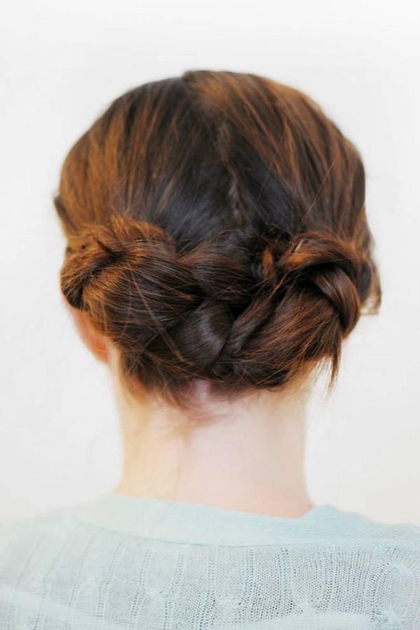 Chọn kiểu tóc nào cho những ngày mưa gió 2