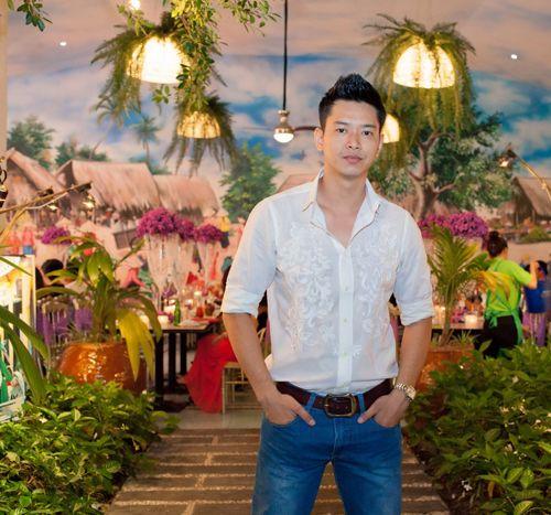 Hoa hậu Diễm Hương tổ chức sinh nhật hoành tráng toàn màu tím 17