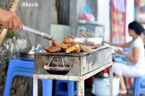 Những ngõ, phố hàng ăn kiếm đậm nhất Hà Nội 6