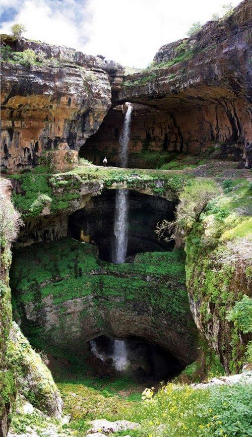"""Những thác nước """"kỳ lạ"""" nhất thế giới 11"""