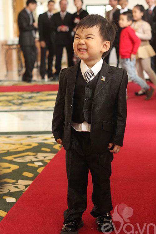 Ngắm hoàng tử bé trong đám cưới Á hậu Thùy Trang 6