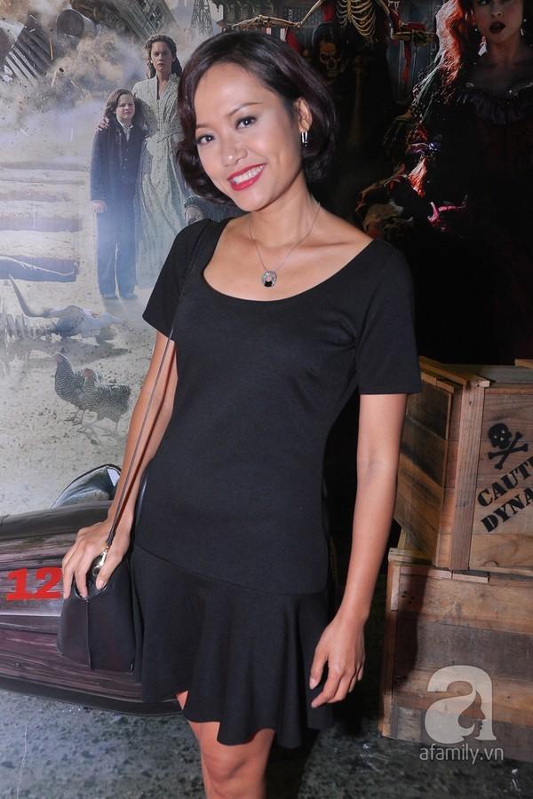 Kiều nữ Việt kém xinh đẹp vì lỗi trang điểm dày phấn 2