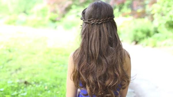 Tự thực hiện 3 kiểu tóc dịu dàng cho mùa thu 17