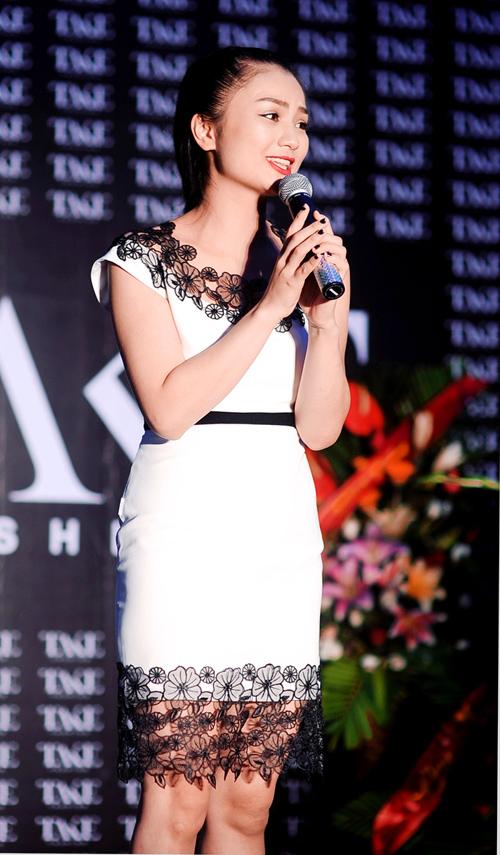 Nghệ sỹ hài Vân Dung rạng rỡ lần đầu làm MC 8