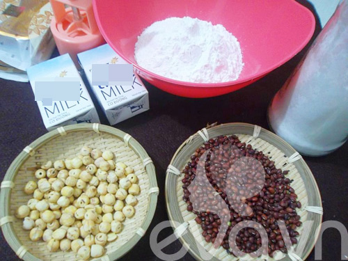 Tập làm bánh dẻo nhân đậu đỏ hạt sen 1
