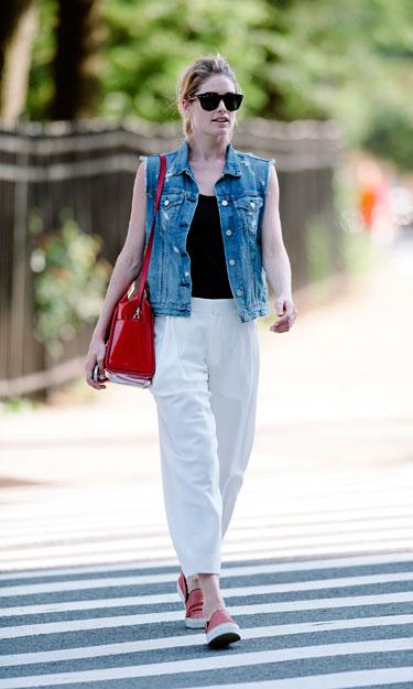 Học cách mặc quần jean nữ đẹp như sao Hollywood 4