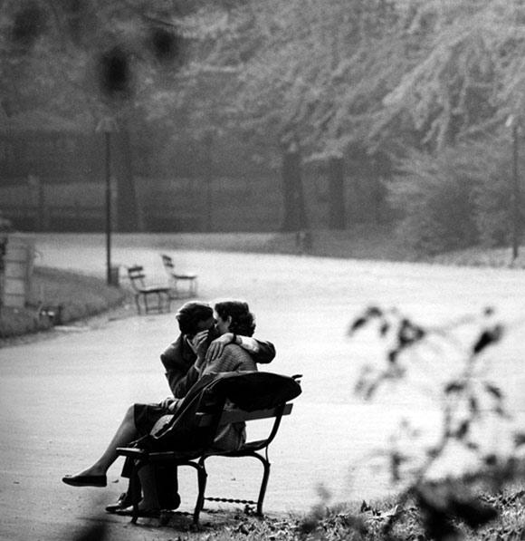 Ngắm chùm ảnh lãng mạn về tình yêu trong thế chiến thứ 2 4