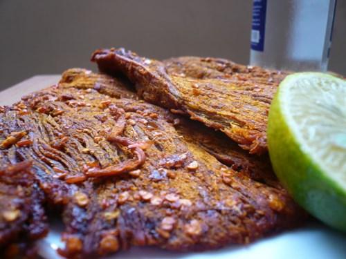 Cách làm thịt bò khô ngon, an toàn 2