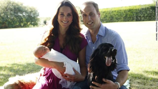 Đáng yêu Hoàng tử George tròn 8 tháng 5