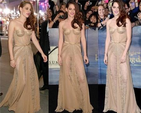 Những chiếc váy khiến fan nín thở vì độ táo bạo 7