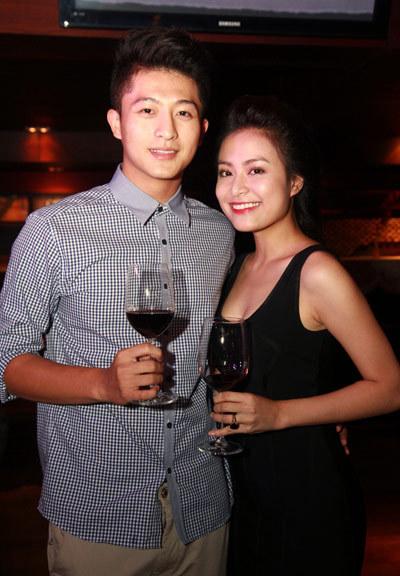 Hoàng Thùy Linh nhí nhảnh mừng sinh nhật tuổi 25 5
