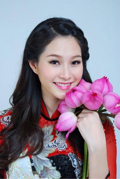Những kiểu tóc nhìn là yêu của hoa hậu Thu Thảo 9