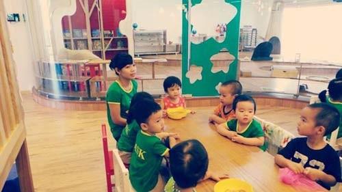 'Đột nhập' lớp mẫu giáo con sao Việt 1