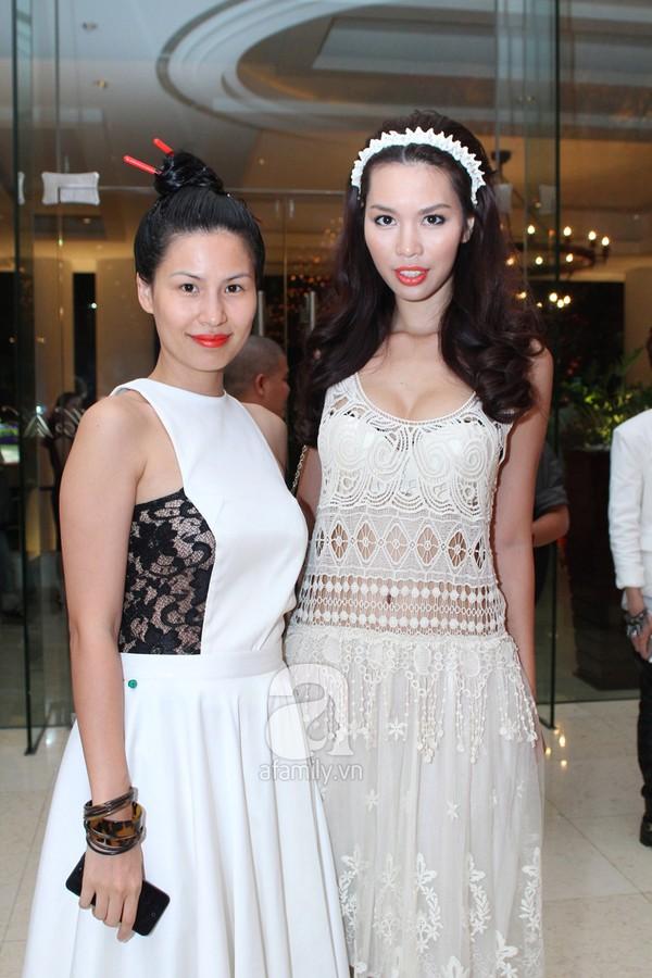 Mỹ nhân Việt lộng lẫy váy trắng trên thảm đỏ 4