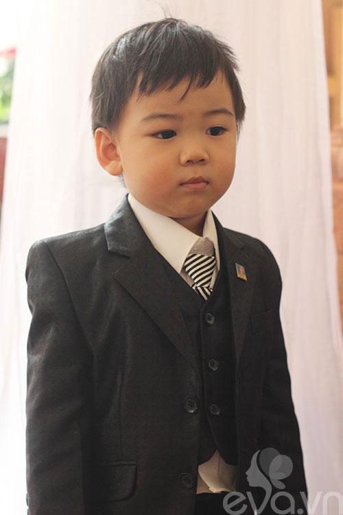 Ngắm hoàng tử bé trong đám cưới Á hậu Thùy Trang 3