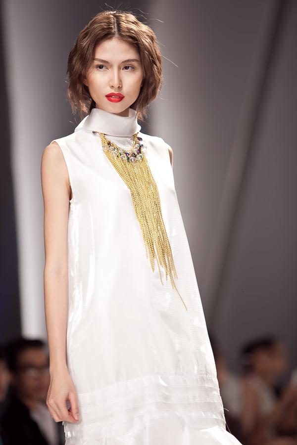 Những mẫu váy lộng lẫy mới nhất cho tháng 4 14