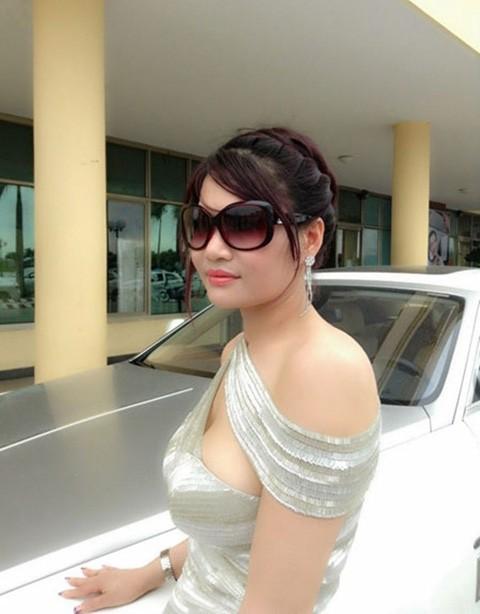 Bộ sưu tập siêu xe của các nữ đại gia Việt 10