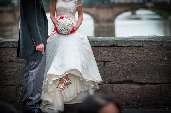 Cô dâu bị ung thư đẹp ngỡ ngàng trong ngày cưới 21
