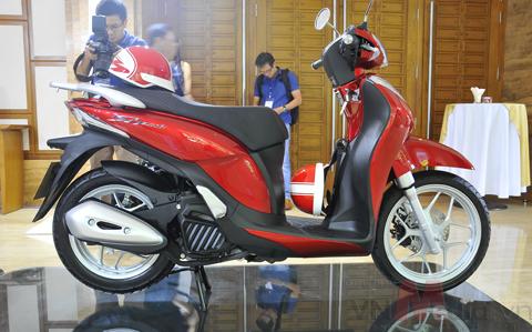 Honda SH mode bất ngờ đội giá 3 triệu đồng 1