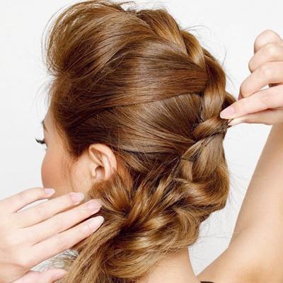 Cách đơn giản thực hiện 2 kiểu tóc đẹp ngày hè cho nàng công sở 12