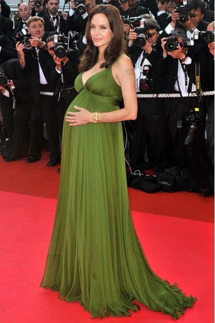 Gu thời trang đáng nhớ của Angelina Jolie 10