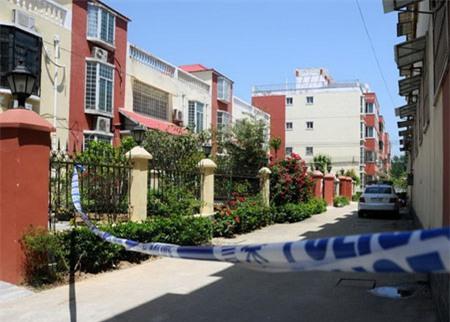 Vụ án kinh hoàng: Con trai thuê sát thủ giết cha và chị gái 3