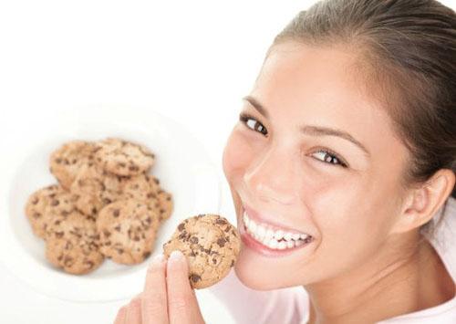 """7 quan niệm ăn uống sai lầm khiến bạn tăng cân """"vù vù"""" 4"""