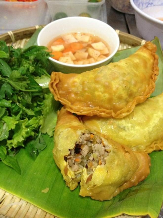 Khám phá món chân gà muối chiên mới lạ tại Sài Gòn 5