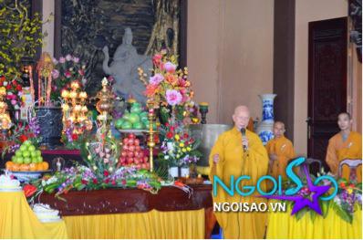 Lễ cưới theo nghi thức Phật giáo của ca sỹ Mỹ Dung 5