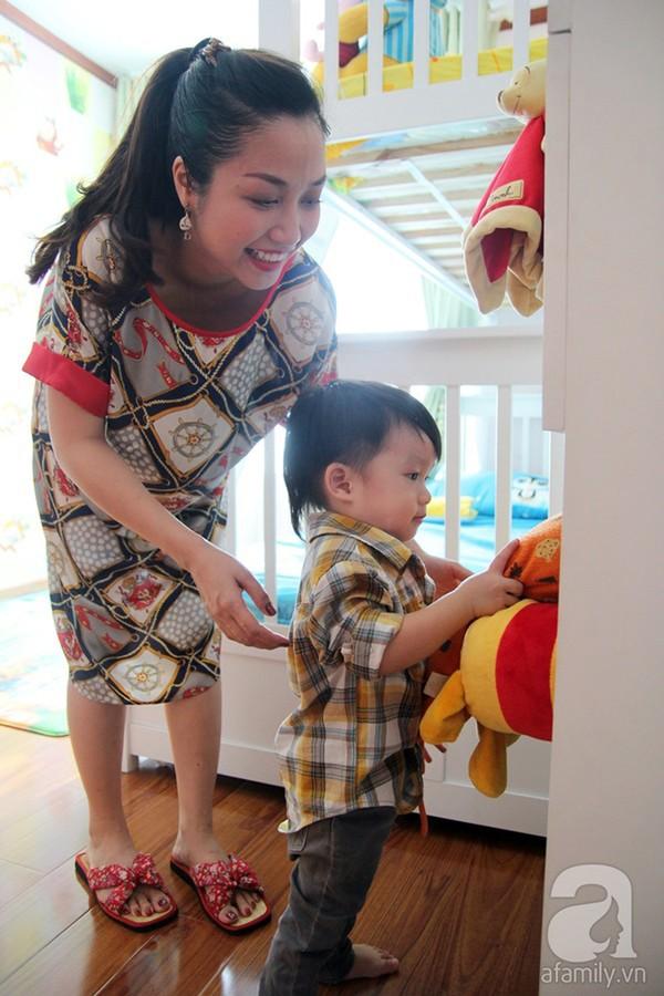 Ốc Thanh Vân sinh con gái thứ 2 4