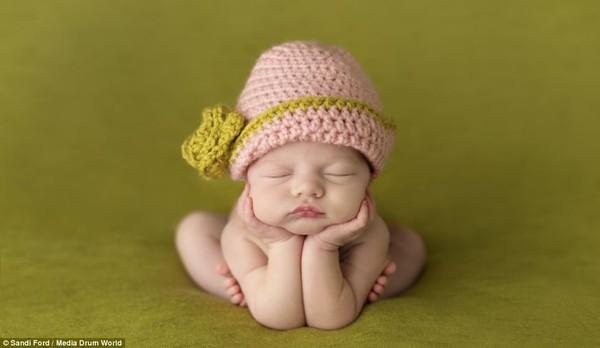 Quá ngọt ngào với chùm ảnh bé sơ sinh ngủ 7