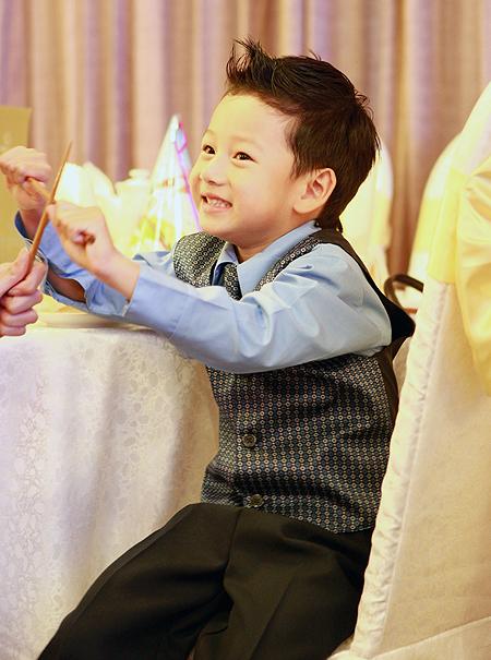Thời trang sành điệu của nhóc tì nhà sao Việt (2) 3