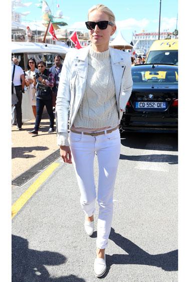 Học cách mặc quần jean nữ đẹp như sao Hollywood 5