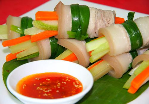 Hấp dẫn thịt ba rọi cuộn rau củ 4