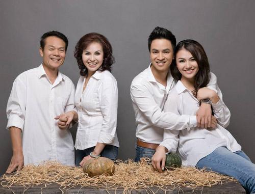 Hồng Quế khoe ảnh gia đình đẹp lung linh 4