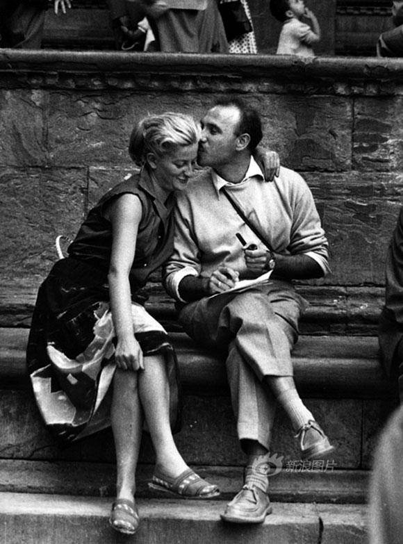 Ngắm chùm ảnh lãng mạn về tình yêu trong thế chiến thứ 2 2