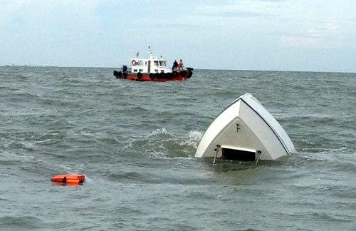 'Truy' trách nhiệm tàu chở 30 người bị chìm 1