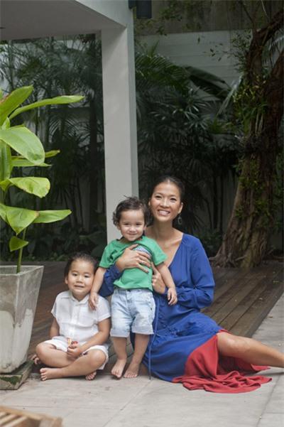 Bằng Lăng hạnh phúc bên chồng con ở Thái Lan 5