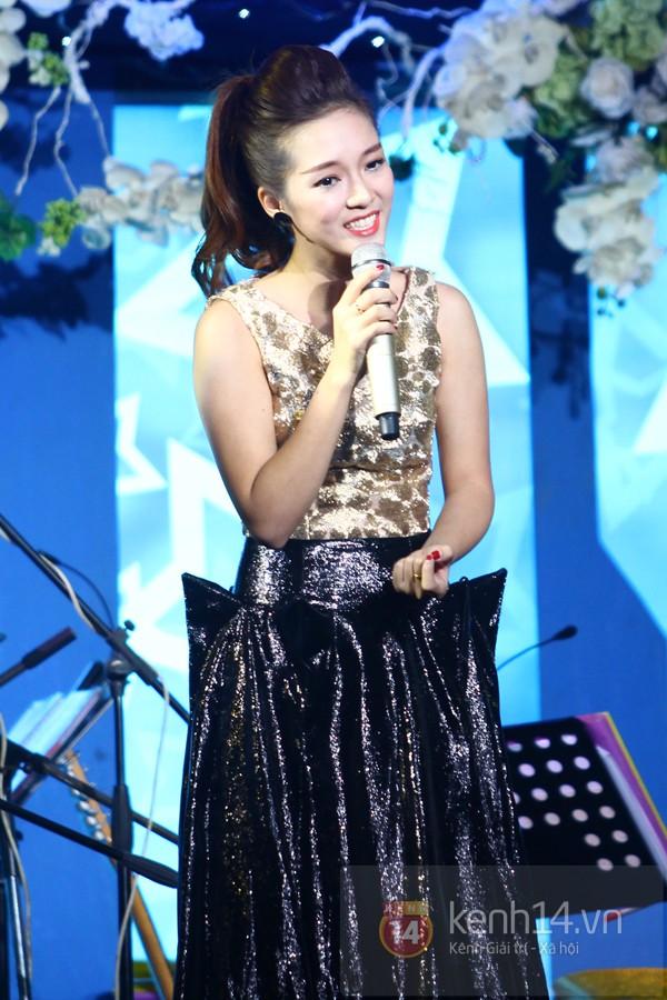 Hà Hồ làm show ủng hộ miền Trung 650 triệu đồng 5