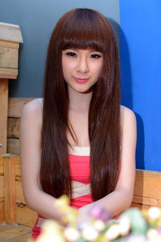 Angela Phương Trinh có đủ tiêu chuẩn thi hoa hậu? 1