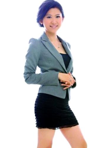 Ngắm nữ phóng viên xinh đẹp nhất Trung Quốc 5