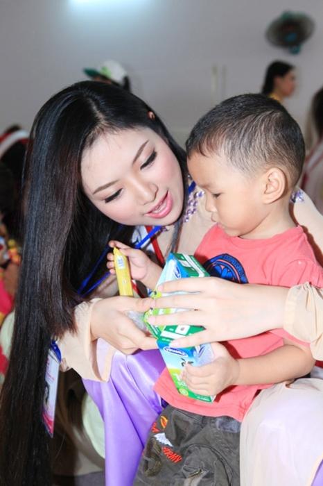 """Ảnh """"độc"""" của tân Hoa hậu dân tộc Ngọc Anh 5"""