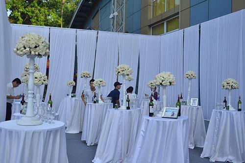 Ngọc Thạch tổ chức tiệc cưới ấn tượng tại Hà Nội 4