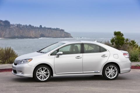 Top 10 xe sang tiết kiệm xăng nhất 5